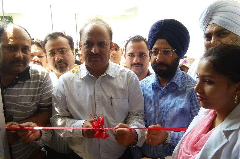 sc 1 st  Govt. of Ju0026K Department of Information and Public Relations & Manyal inaugurates blood storage unit at DH Samba